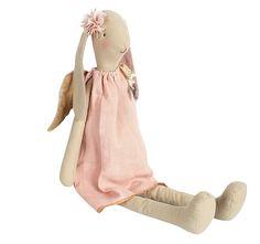Bunny Angel, Medium
