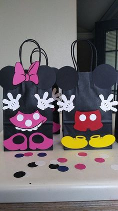 Set of 10 Mickey and Minnie Mouse Birthday Party (Set of Favors/ Goodie/ Goody/ Loot/ Candy/ Treats/ Supplies/ Decoration Mickey and Minnie Mouse Birthday Party Set of 10 Favors/. Minnie Mouse Party, Fiesta Mickey Mouse, Mickey Party, Minnie Mouse Favors, Mouse Crafts, Party Set, Mickey Mouse Birthday, Birthday Candy, Birthday Favors