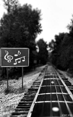 ♫♪ Music ♪♫ Black and white music path