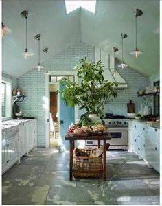 Shop the Look: Steven Gambrel Sag Harbor House - Savvy Home Kitchen Flooring, Kitchen Dining, Kitchen Decor, Kitchen Ideas, Open Kitchen, Kitchen Island, Pantry Ideas, Room Kitchen, Design Kitchen