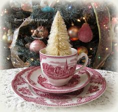 Rose Chintz Cottage: An Old-fashioned Christmas Tea ~ Johnson Brothers Old Britain Castles.