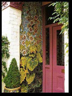 http://hiddeninfrance.typepad.com/hidden_in_france/images/2007/09/30/kaffefassettstudio2e.jpg