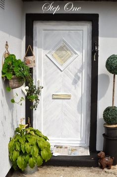 painting upvc door windows - sorted :D I have grey primer and purple paint Painted Upvc Door, Painted Front Doors, Porch Doors, Windows And Doors, Painting Upvc Windows, Upvc Porches, Farrow And Ball Paint, Farrow Ball, Tiled Hallway