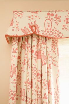 Great valance for girls bedroom