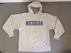 Vintage CHAMPION REVERSE WEAVE Sweat Shirt Hoodie MICHIGAN Excellent! Sz M/L #Champion #Hoodie