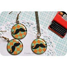 Conjunto de colar e brincos Moustache