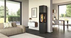 Kamin in schwarz - freistehender Ofen im Wohnzimmer - fireplace in livingroom - Hase