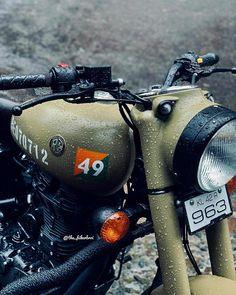 royal enfield new model Enfield Bike, Enfield Motorcycle, Motorcycle Style, Royal Enfield Hd Wallpapers, Blue Wallpapers, Royal Enfield Classic 350cc, Best Suv Cars, Royal Enfield India, Bullet Bike Royal Enfield