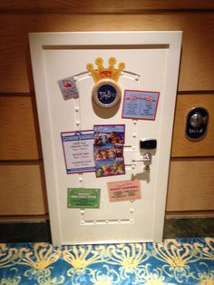 pepe the king prawns door! disney fantasy cruise ship 5148 1/2 Call Pepe on your wave phone!