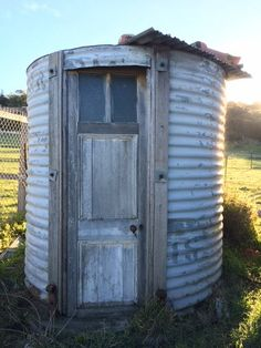 I came across this gorgeous piece of upcycling when I was out visiting last weekend - a tool shed made out of an old water tank - brilliant!   Have you upcycled anything lately?