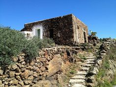#Dammuso: A typical house in #Pantelleria