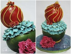 Christmas Bauble  Cake by LayersandCrumbs