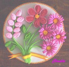 ... flores estan hechas con foamy empleando la tecnica de filigrana espero