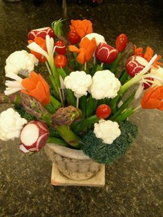Vegetable bouquet! one of jake's valentine's gift because he's a health freak :)
