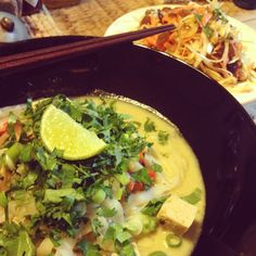 Curry Laksa (adapted from AFR) and Asian slaw. Vegan, low fat, low calorie, and gluten free! Curry Recipes, Vegan Recipes, Cooking Recipes, Curry Laksa, Asian Slaw, Vegan Curry, Happy Foods, Foods With Gluten, Vegan Gluten Free