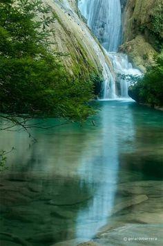 WE MIGHT GO HERE   Cascadas de Agua Azul, Chiapas, Mex.