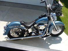 Harley Davidson Heritage Softail #harleydavidsoncustomsoftail #harleydavidsonsporster #harleydavidsonchopperscustombobber