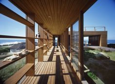 La Roca House   / Mathias Klotz