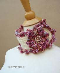 Resultado de imagem para gola feita com flores em croche
