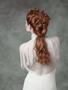 The best thing about braids: There are so many ways you can wear them. Rock yours in a chignon,wrapp Pretty Hairstyles, Wedding Hairstyles, Hairstyle Ideas, Steampunk Hairstyles, 1800s Hairstyles, Medieval Hairstyles, Edwardian Hairstyles, Hair Dos, Red Hair