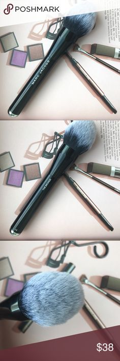 MARC JACOBS BEAUTY Bronzer Brush No. 12 Very gently used. This brush is made with synthetic, antibacterial hair. An extra large bronzer brush that gives your face and body an easy, sunkissed glow. Marc Jacobs Makeup Brushes & Tools