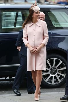 Catherine, Duchess of Cambridge arrives at the Commonwealth Observance at Westminster Abbey