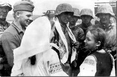 Ukrainian Girls, German Soldiers.jpg
