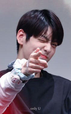 "Soobin Archive on Twitter: ""[🍀] 191102  cr. only_U_soobin  #수빈 #최수빈 #SOOBIN #CHOISOOBIN #투모로우바이투게더 #TXT #TOMORROW_X_TOGETHER   @TXT_members… "" Jooheon, Fandom, Shows, Long Time Ago, Kpop Boy, T Rex, Korean Boy Bands, Boy Groups, Rapper"