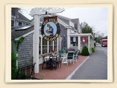 Hot Stove/Harwich MA great sports pub/outside people watch dining/Zucchini fries!