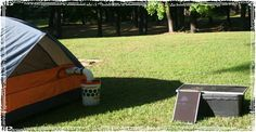 How to Build an Off Grid Air Conditioner: DIY Bucket Air Cooler Instructions Bucket Air Conditioner, Solar Air Conditioner, Off The Grid, Diy Solar, Survival Kit, Survival Skills, Survival Gadgets, Homestead Survival, Bucket Cooler