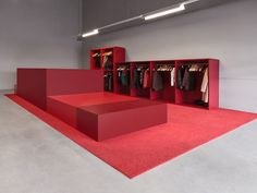 Red Trade Show Booth Design | Pop up retail