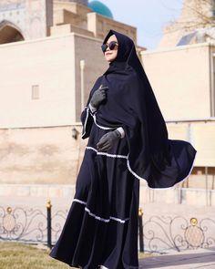 Hijab Fashion, Fashion Outfits, Girl Hijab, Youtubers, Besties, Purple, Stickers, Dresses, Instagram