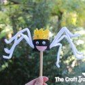 http://www.thecrafttrain.com/1/post/2013/04/make-spider-stick-puppets-from-toilet-rolls-and-felt.html