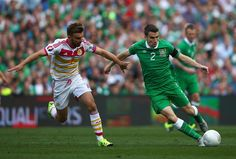 Louis van Gaal 'tells Manchester United bosses to complete transfer of Everton's Seamus Coleman'
