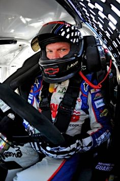 Dale, Jr.           (March 17, 2012): Practicing at Bristol.