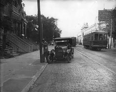 Studebaker convertible automobile on Ste. Catherine St. West, Montreal, QC, about 1920 | by Musée McCord Museum