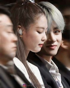 If Jenkook was past And Taennie is present Then What will happen in future ! TaeJenKook ff jenkook Vnnie [Completed💕] Kpop Couples, Cute Couples, K Pop, Bts Girl, Jennie Kim Blackpink, Blackpink Memes, Blackpink And Bts, Bts Imagine, Korean Couple