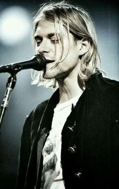 "becrazywithyourbestfriend: ""Kurt Cobain "" I love this guy so much ❤️"