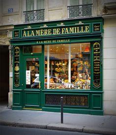 À la mère de famille (chocolatier) - 70 rue Bonaparte, Paris 6e.