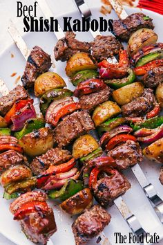 Are you ready for Summer?  These super juicy and delicious Beef Shish Kabobs are going to put you in the Summer spirit.  Grilled to perfection and loaded with peppers, onions, and potatoes, you have your meal on a stick. #beefshishkabobs #shishkabobs #beef #beekskewers #skewers #bbq #thefoodcafe #foodie #instafood #foodblogger #cooking #recipes #foodporn #steakskewers