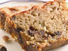 מתכון מהיר ופשוט לעוגת תפוחים ושוקולד ציפס. עוגה בחושה, רכה ונימוחה שלא תגזול מכם הרבה זמן והתוצאה תהיה מושלמת ליד הקפה