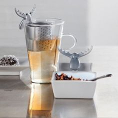 Amazon.com: Koziol Silver Rudolf Tea Strainer: Kitchen & Dining