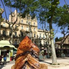 Sun pastries and the South of #France = bliss. This tasty tresse au chocolat will give you all the energy you need to explore the amazing city of Montpellier. #EatTheWorld #Foodie Pic: @vikttr Hotels-live.com via https://www.instagram.com/p/BFJAa8HDykz/ #Flickr