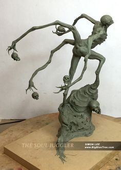 """""""The Soul Juggler"""" clay sculpture by Simon Lee. Look at the detailed musculature at the base of the second set of arms. Easy Clay Sculptures, Tree Sculpture, Sculpture Ideas, Pacific Rim Kaiju, Creature Concept Art, Creature Design, Creature 3d, Fantasy Kunst, Fantasy Art"""