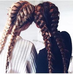 Half time! Who will win ? Blues or the maroons Anyway here is some hair inspo for halftime. Go the blues #blues #goblue #hair #hairideas #hairofinstagram #barberlife #brunette #hairstyles #selfie #braid #haircolour #longhairdontcare #style #hairoftheday #curly #straight #instahair #hair #barber #hairfashion #black #haircolor #longhair #braidideas #straighthair #instafashion
