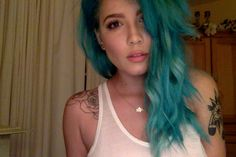 Image uploaded by HK. Find images and videos about blue hair, halsey and badlands on We Heart It - the app to get lost in what you love. Mint Hair, Blue Hair, Halsey, Nuggwifee, Lilac Sky, Beautiful Girlfriend, Shes Perfect, Mermaid Princess, Gal Pal