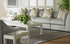 Simply modern living room featuring Kravet Fabrics. Available at the D&D Building suite 324 #ddbny #kravet