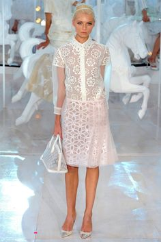 Louis Vuitton Spring 2012 RTW  How does Marc Jacobs do all of this? Description from pinterest.com. I searched for this on bing.com/images