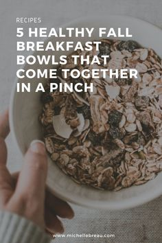 5 Healthy Fall Breakfast Bowls That Come Together in a Pinch Quinoa Breakfast Bowl, Sweet Potato Breakfast, Fall Breakfast, Breakfast Recipes, Real Food Recipes, Healthy Recipes, Homemade Smoothies, Pumpkin Smoothie, Root Veggies