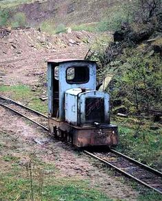 Rail Transport, Railroad Photography, Old Trains, Train Pictures, Felder, Model Trains, Abandoned Places, Old World, Decay